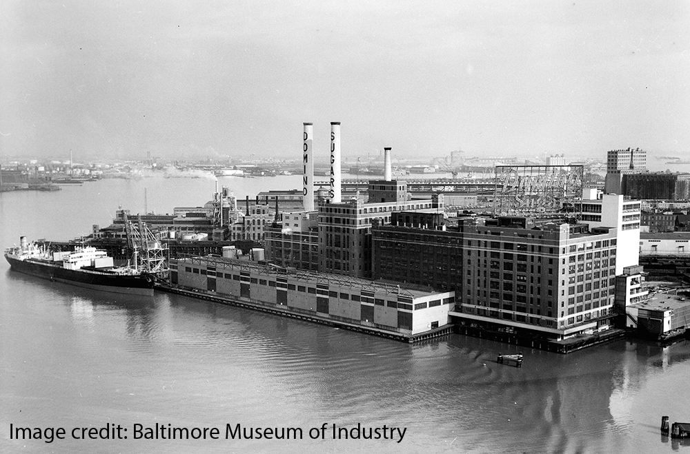 Photo in black and white of Domino Sugar Factory