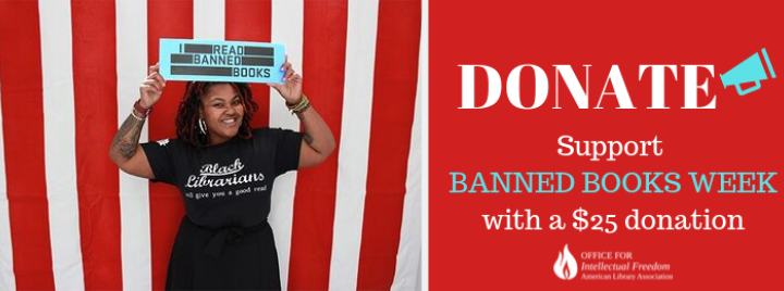"""Librarian holding up an """"I Read Banned Books"""" sign"""