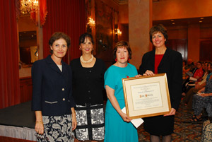 blackwell's scholarship award: rosann bazirjian, alcts president; deborah thomas, award jury; ann curry (for john willinsky, the award recipient); susan peterson, blackwell's.
