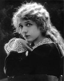 mary pickford portrait, circa 1919