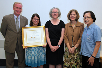 Beth Kumar accepts 2012 First Step Award