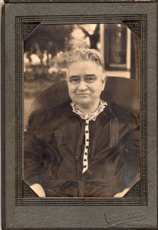Preserving Photos in Vintage Frames and Folios | Association for ...