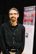 Dr. Michael Stephens