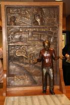 Harvey Pekar statue