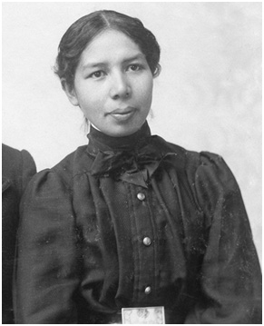 sarah smith (oneida), a former student and library employee at the carlisle industrial indian school