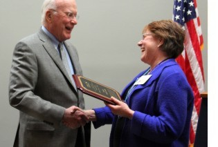 Sen. Leahy accepts the Public Service Award from Vermont State Librarian Martha Reid. (Photo credit: Jacob Roberts.)